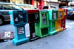 SF avisstandere